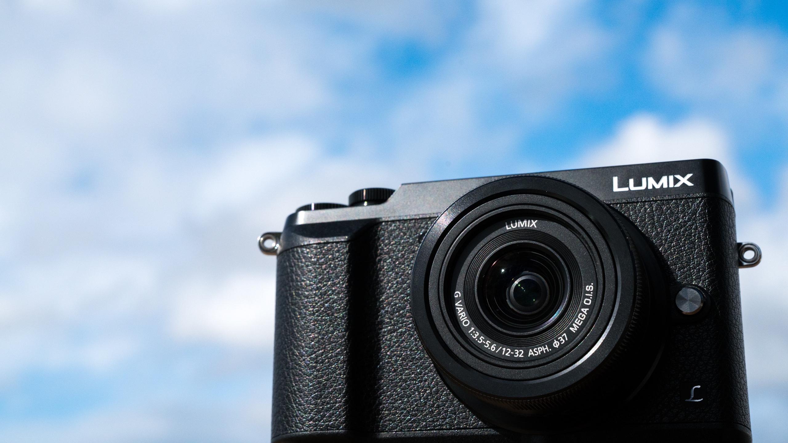 Panasonic Lumix Gx85 Dc Gf10 Kit 12 32mm Kamera Mirrorless Black G7 The Peak Foto