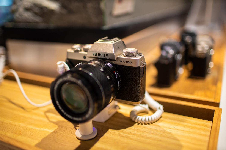 กล้อง Mirrorless Fujifilm X-T100